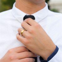 62 (19.7) Bungsa© goldener RING für Damen & Herren - Gold - Damenring aus EDELSTAHL matt - edler Edelstahlring geeignet als Verlobungsringe, Freundschaftsringe & Partnerringe